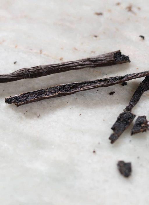 aufgeschnittene Vanilleschote