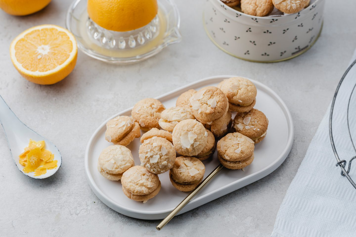 Cookie With Orange And Almond