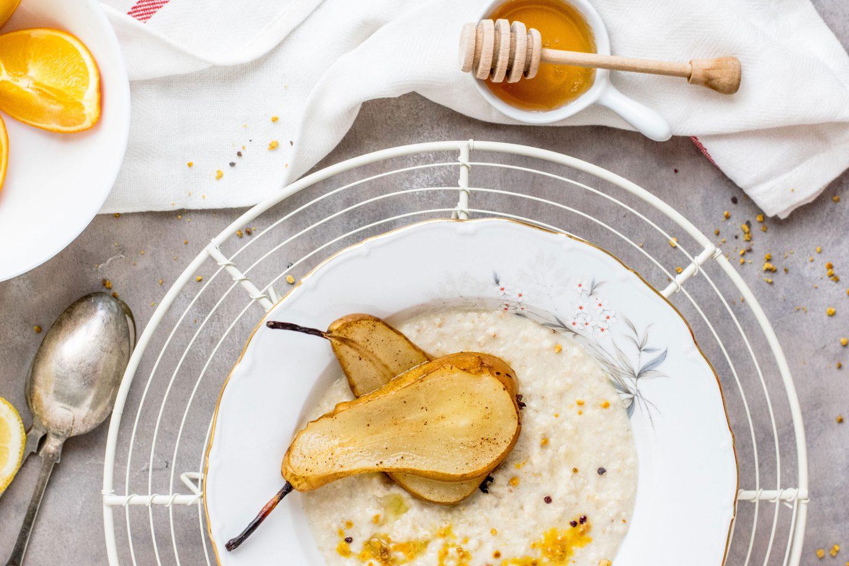 Amaranth Porridge mit Birne und Zimt
