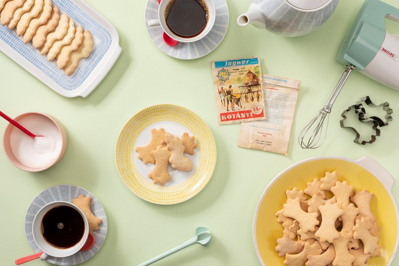 Zutaten und Kekse für Ingwer Baeckerei