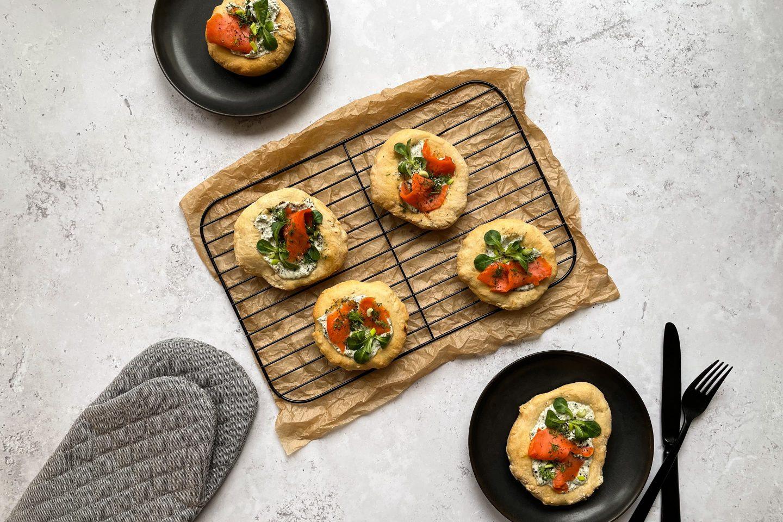 Mini Pizzen Nordic Style auf dem Rost