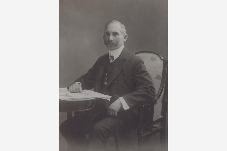 Ein Portrait von János Kotányi in 1881