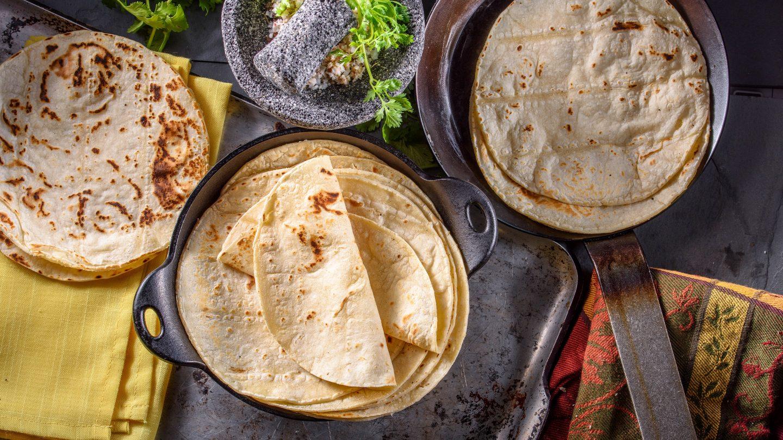 Eine Variation traditionell mexikanischer Tortillas aus Mais und Weizen.