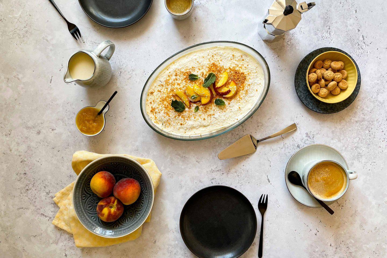 Saftig-frische Pfirsiche geben unserem Tiramisu einen sommerlichen Kick.